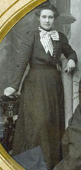 Anna Wold Larum