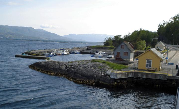 Leaving ferry slip at Utaker